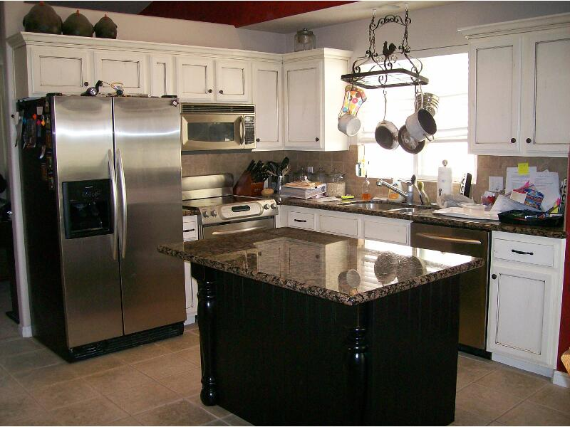 Kitchen Island with White Cabinets Black
