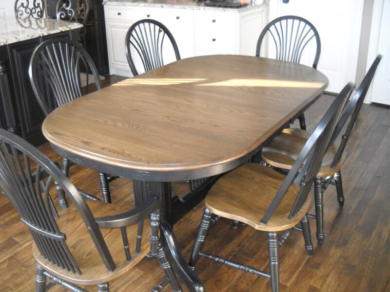Ordinaire Refinished Oak Dining Set Two Toned